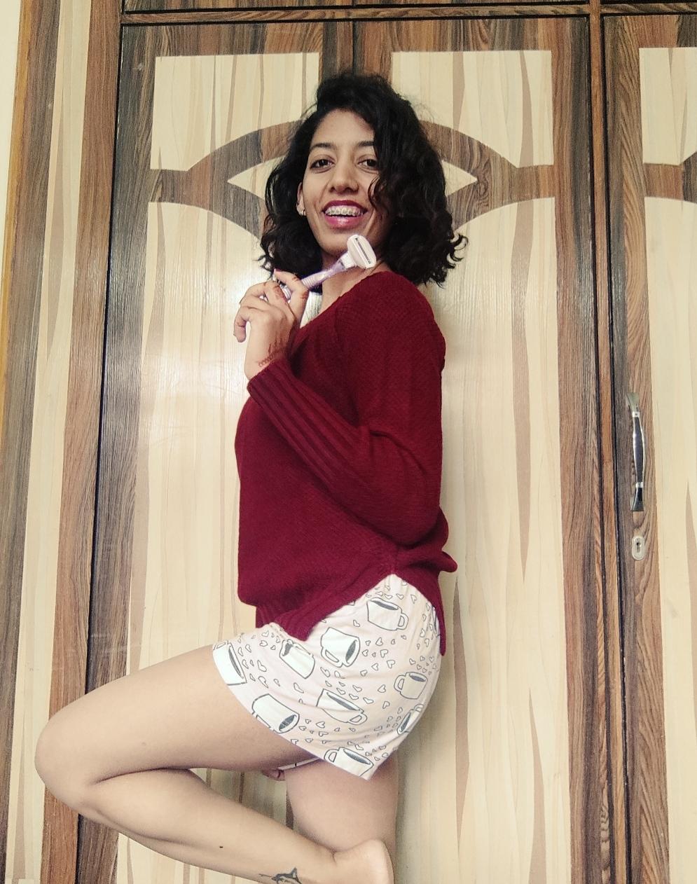 Gillette Venus Breeze Razor-Easy Breezy Perfect Skin!-By hiphopgirl-2