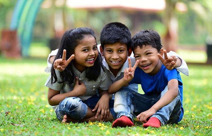 50+ Best Childhood Memories Quotes In Hindi
