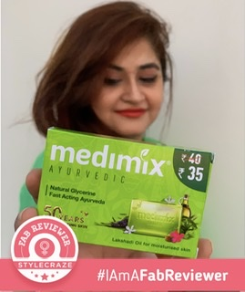Medimix Ayurvedic Natural Glycerine soap with Lakshadi Oil pic 2-Suitable for all skin types-By livydang89