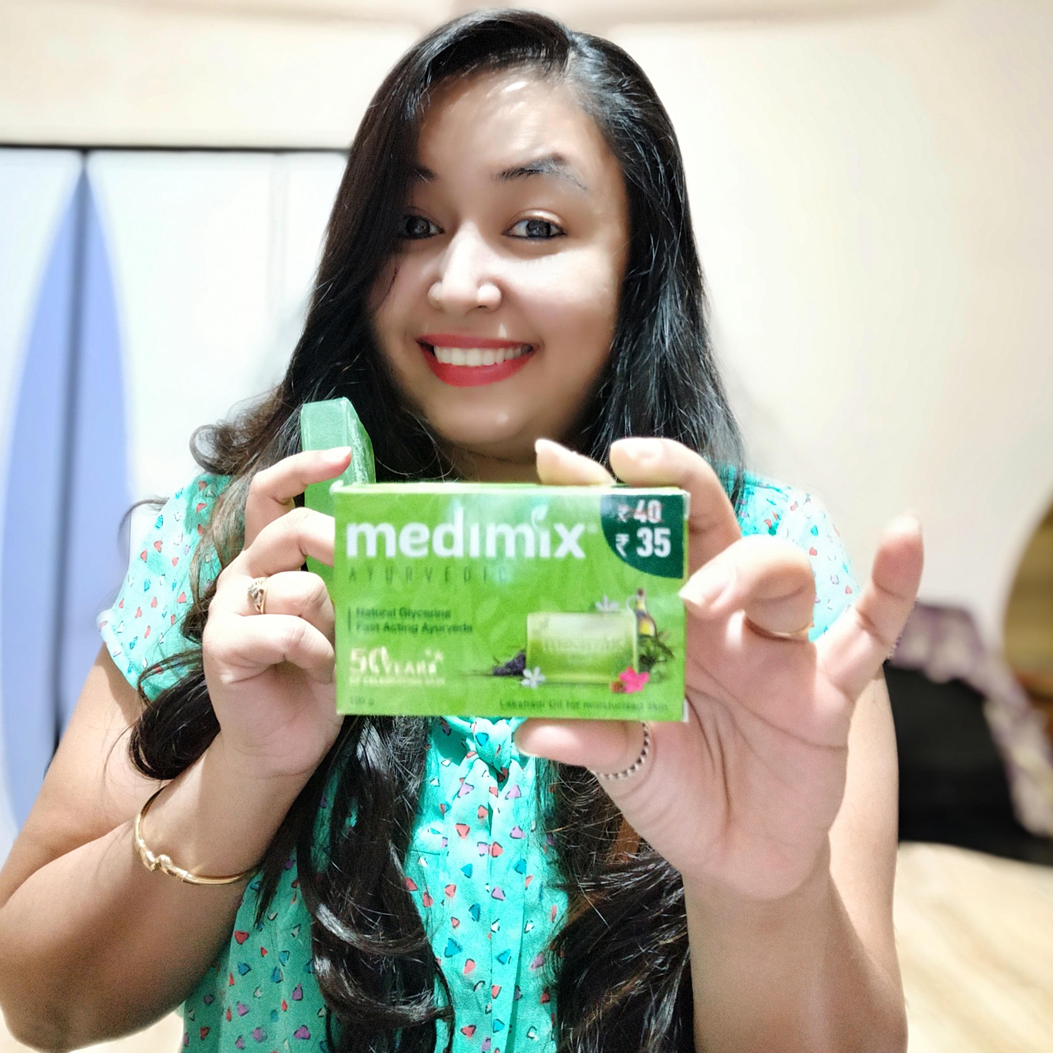 Medimix Ayurvedic Natural Glycerine soap with Lakshadi Oil -Glycerine moisturizing soap-By moma_tales