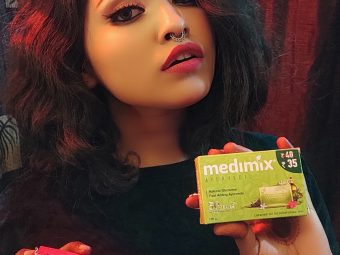 Medimix Ayurvedic Natural Glycerine soap with Lakshadi Oil pic 5-Best soap for winter!-By nikita_biswas
