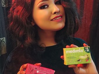 Medimix Ayurvedic Natural Glycerine soap with Lakshadi Oil pic 4-Best soap for winter!-By nikita_biswas
