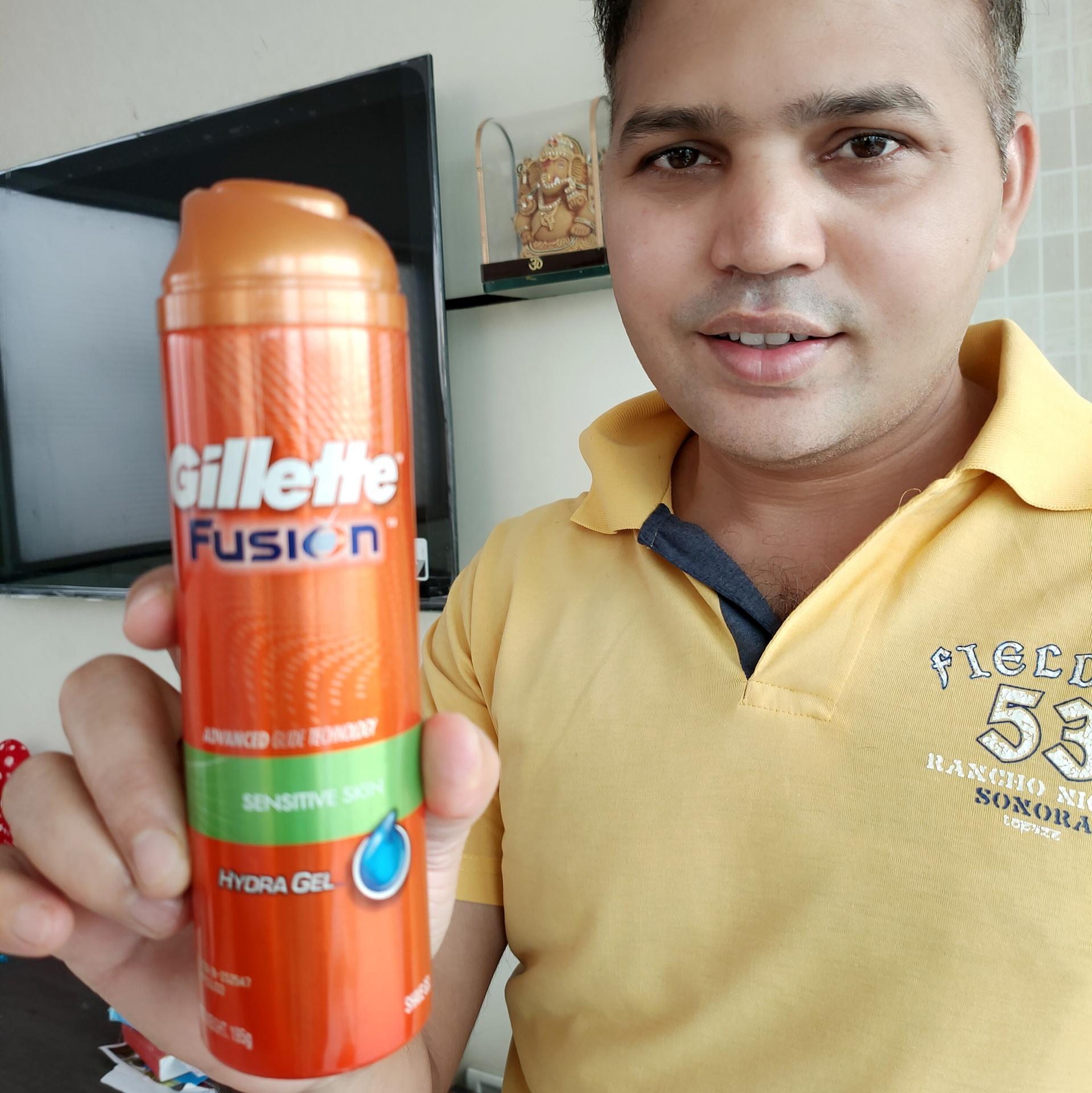 Gillette Fusion Hydra Gel Sensitive Pre Shave Gel-superb shaving product-By manoj_maharana-1