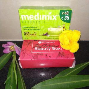 Medimix Ayurvedic Natural Glycerine soap with Lakshadi Oil pic 1-Awesome-By urvi13