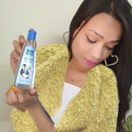 Parachute Advansed Jasmine Hair Oil -Stronger, Shinier hair-By geetanjali_bharali