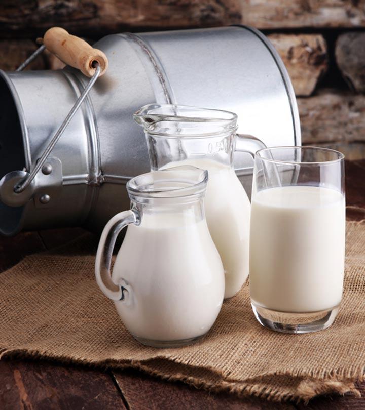 Benefits of Drinking Milk at Night in Hindi