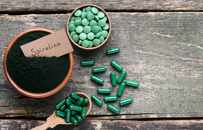 Spirulina capsules are good for the heart