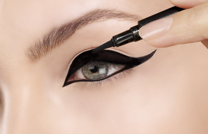 Your Eyeliner Game Is Wrong