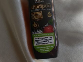 WOW Skin Science Apple Cider Vinegar Shampoo – No Parabens & Sulphate – 300 ml -Amazing product-By thanuja_reddy