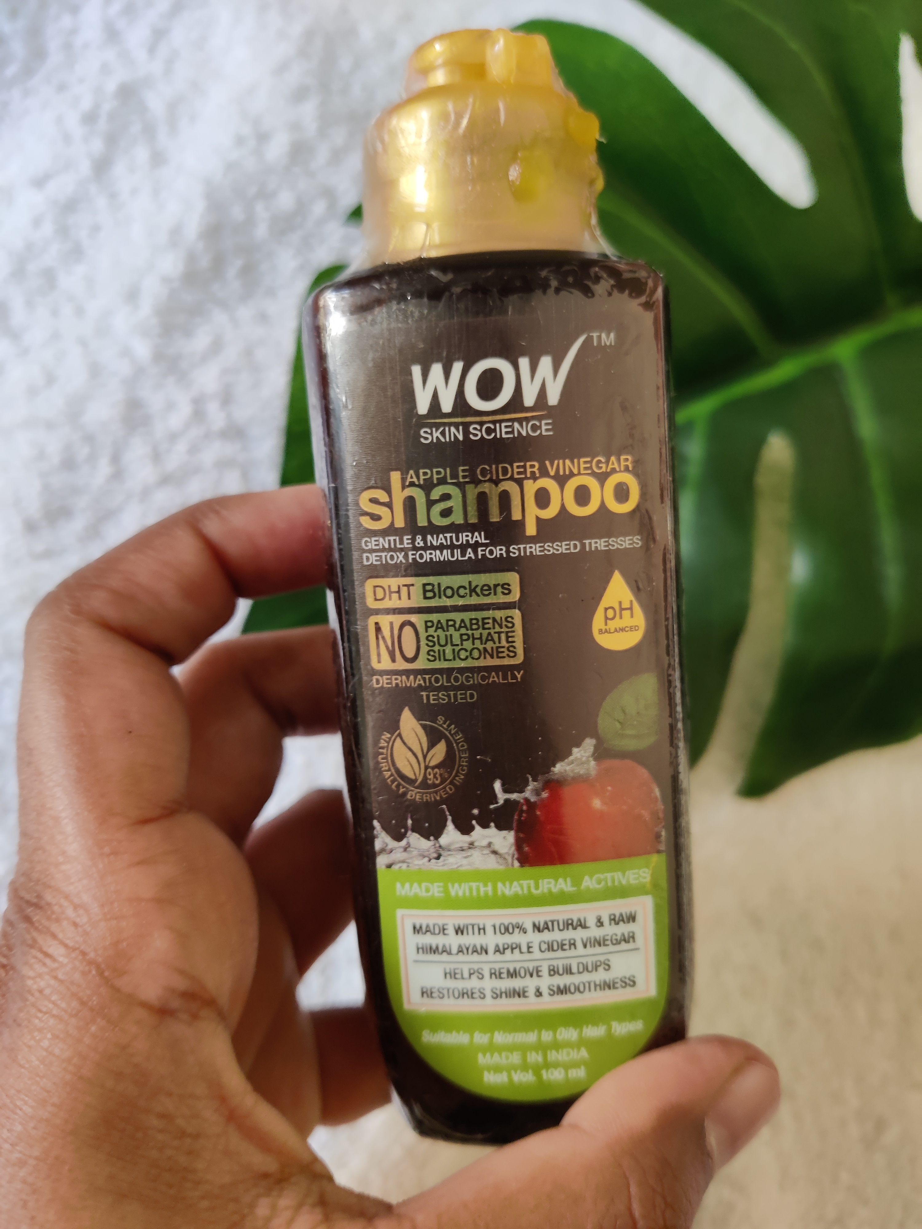 WOW Skin Science Apple Cider Vinegar Shampoo – No Parabens & Sulphate – 300 ml pic 1-Sulphate and Paraben free shampoo-By pooja_md