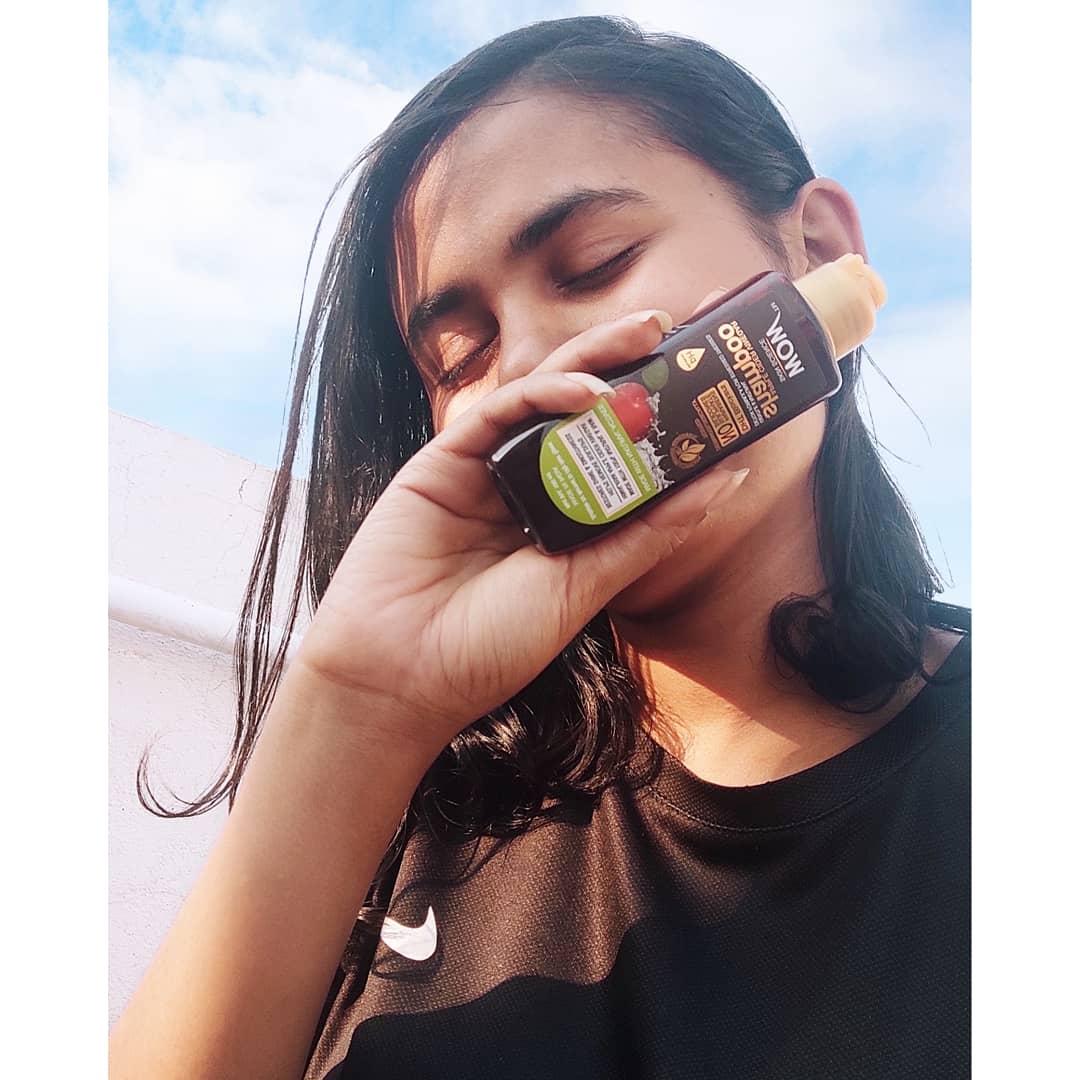 WOW Skin Science Apple Cider Vinegar Shampoo – No Parabens & Sulphate – 300 ml pic 2-Secret of my hair-By punam_debnath_