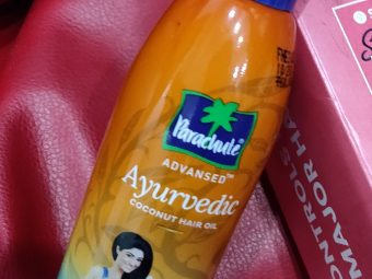 Parachute Advansed Ayurvedic Coconut Hair Oil -Non sticky oil-By nidhi_agrawal