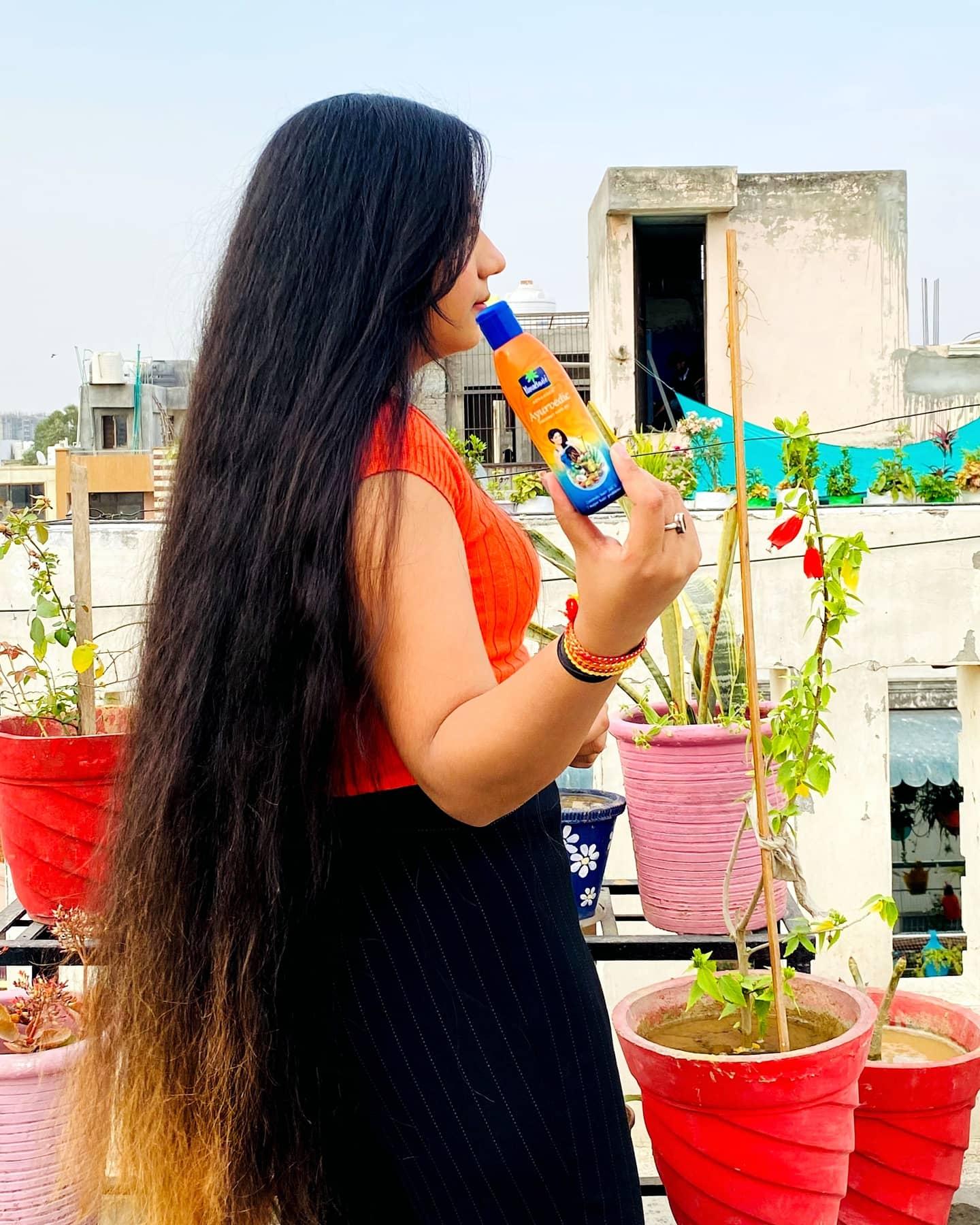 Parachute Advansed Ayurvedic Coconut Hair Oil pic 2-Amazing hair oil-By deeksha_yadav