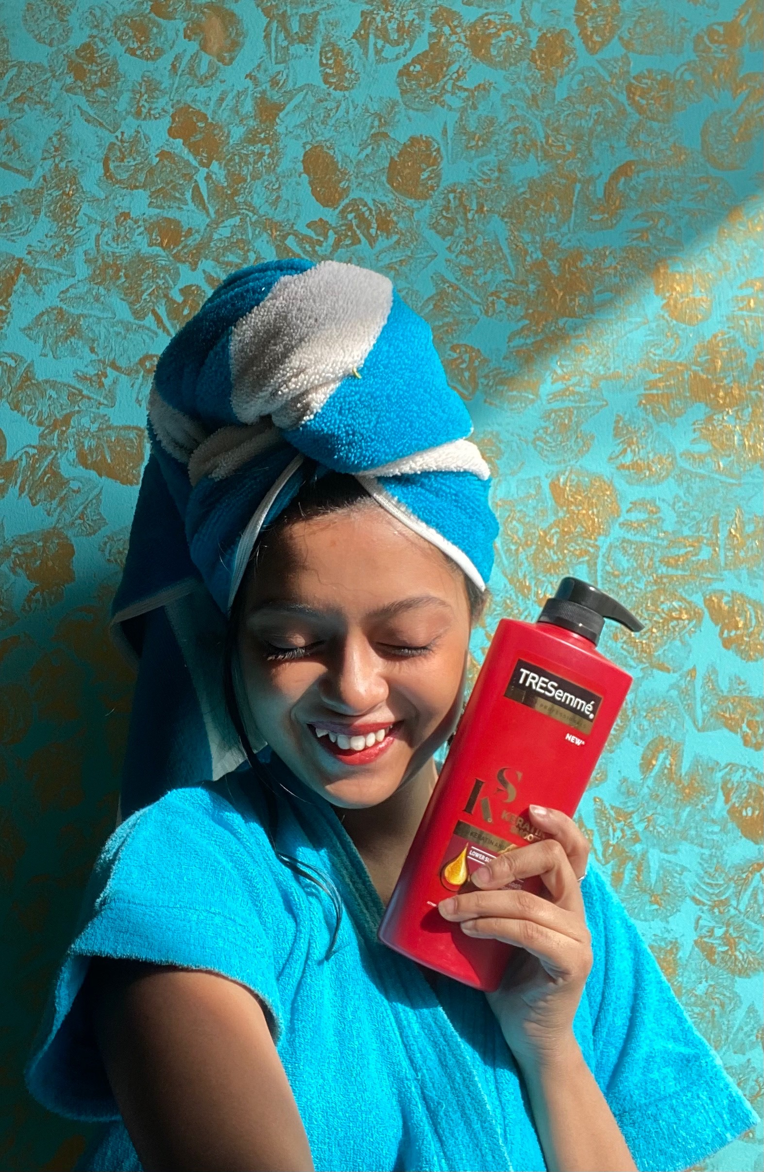 TRESemmé Keratin Smooth Infusing Shampoo pic 1-Best for oily scalp or oil treatment-By anupoma_misra