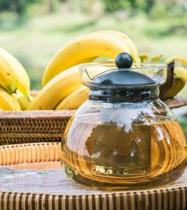 Banana Tea Benefits and Side Effects in Hindi