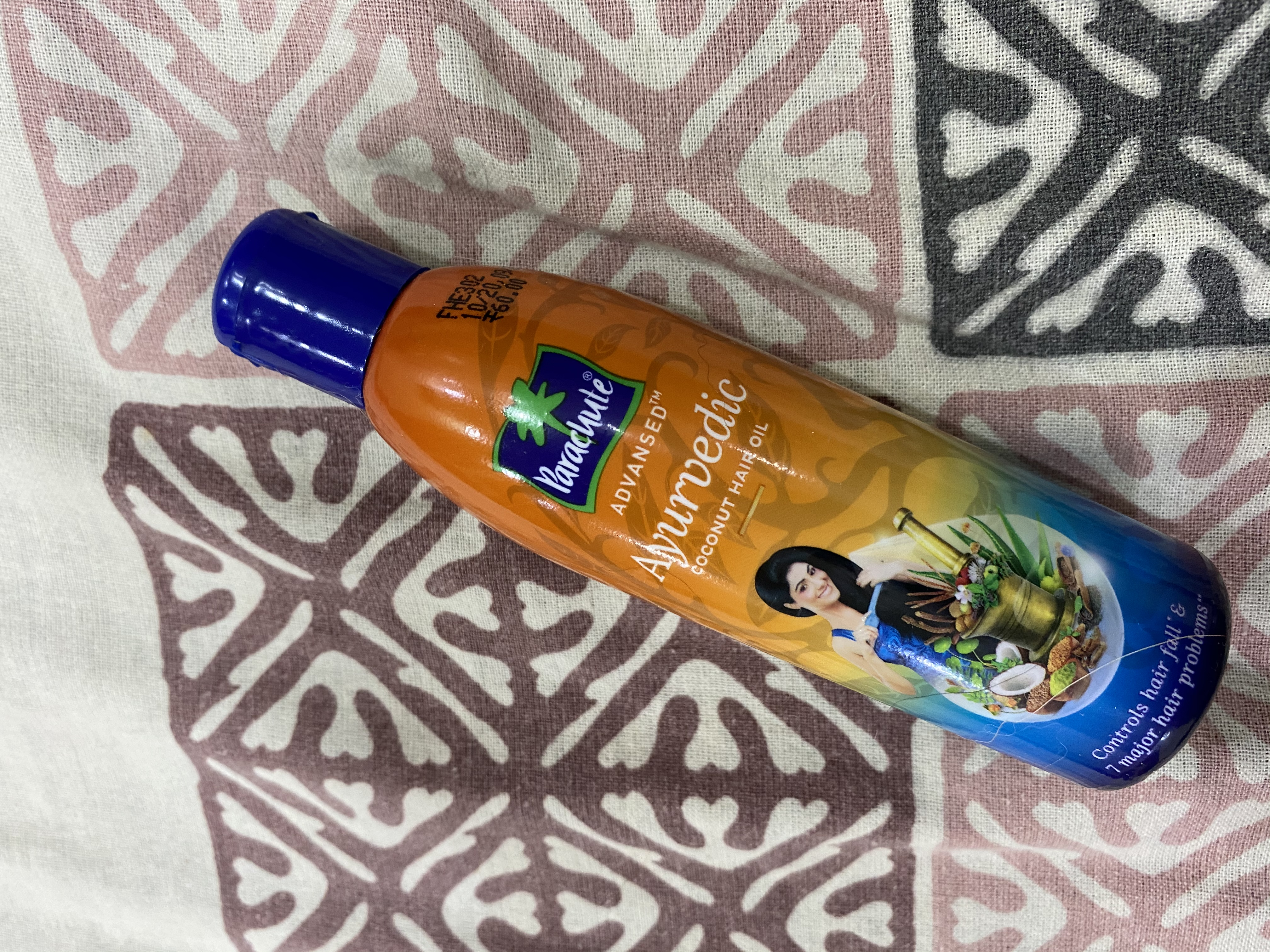 Parachute Advansed Ayurvedic Coconut Hair Oil pic 1-One of the best oil-By the_beauty_bets