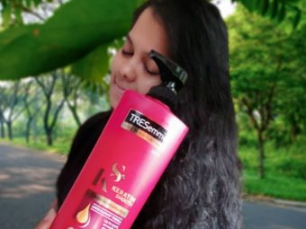 TRESemmé Keratin Smooth Infusing Shampoo pic 2-Must Buy Shampoo for complete hair care-By thepoojaarya