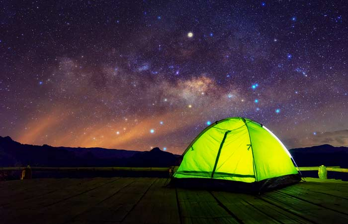 Date Ideas For Couples  - Camping