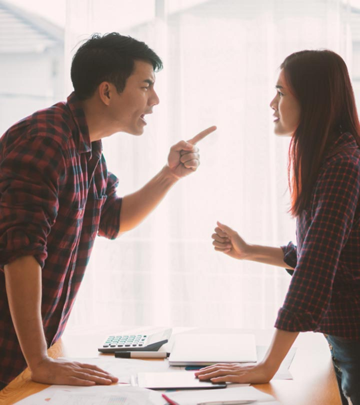 13 Signs Your Partner Is Controlling You