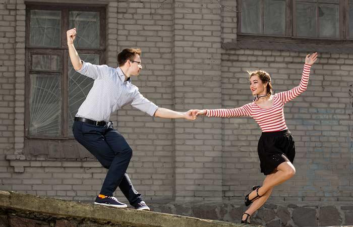 swing dance class date ideas