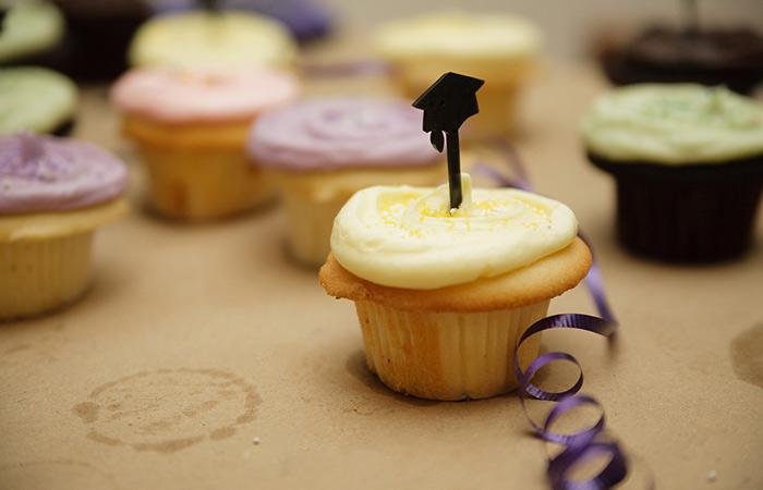 Singular Graduation Cupcake