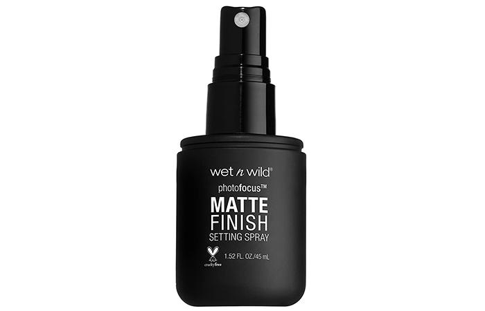 wet n wild Photofocus Matte Finish Setting Spray