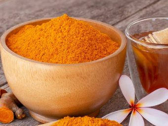 Benefits Of Turmeric and Honey for Skin in Hindi