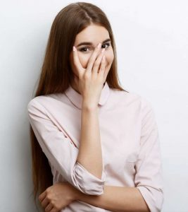 21 Signs A Shy Girl Likes You