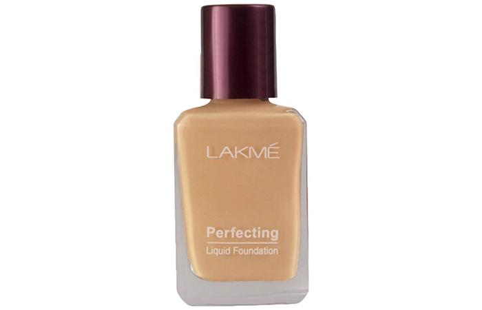 Lakme Perfecting Liquid Foundation