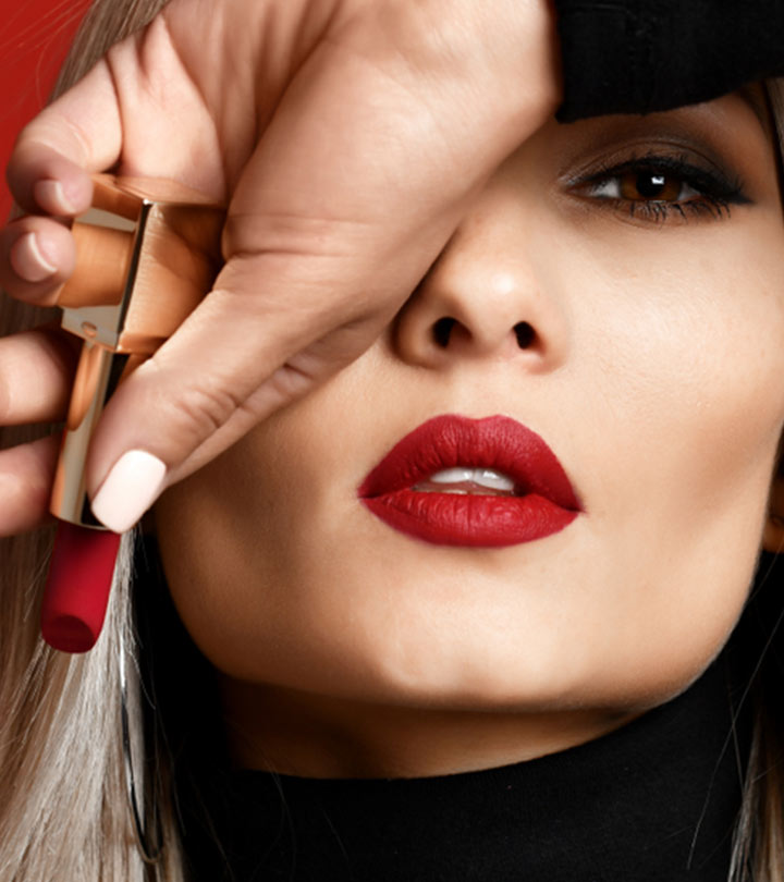 10 Best Smudge-Proof Lipsticks For Lips That Pop In 2021
