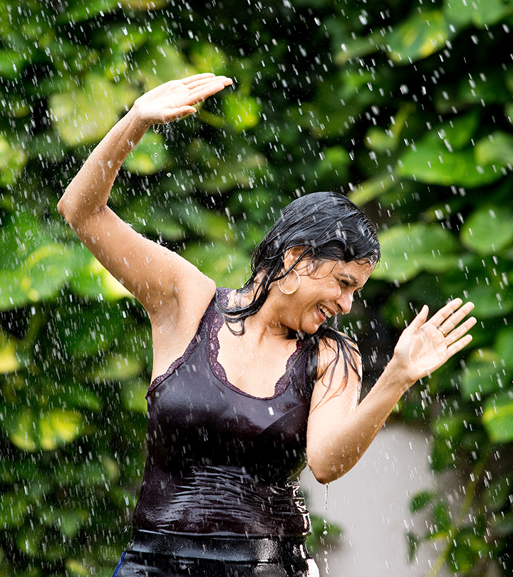 10 Easy Ways To Deal With Hair Fall During The Monsoon Season