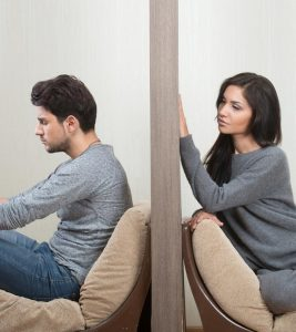 10 Reasons Why Men Pull Away When Things Get Serious