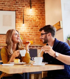 25 Romantic And Unique First Date Ideas