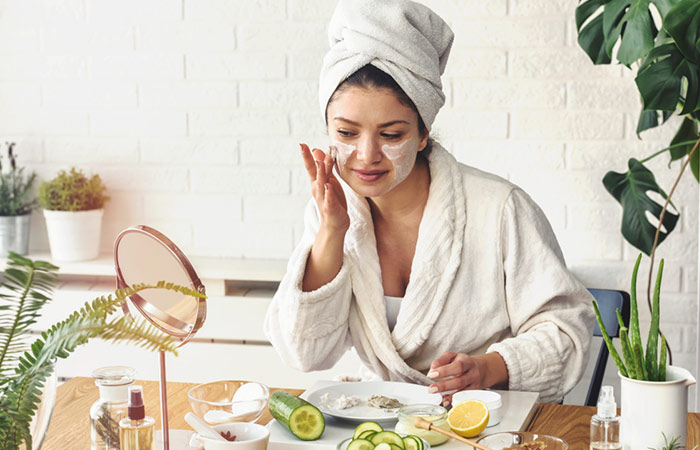 DIY Peel-Off Masks Recipes For Hydrated, Soft, And Glowing Skin