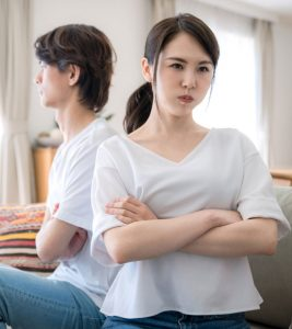 How To Deal With Passive-Aggressive Behavior In Your Spouse