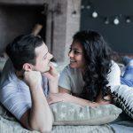 प्यार भरे रिश्ते में शारीरिक संबंध क्यों जरूरी है How Important is Physical relationship in Hindi