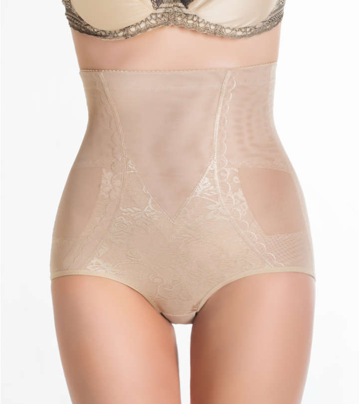 13 Best Wedding Shapewear To Feel Confident On Your Special Day