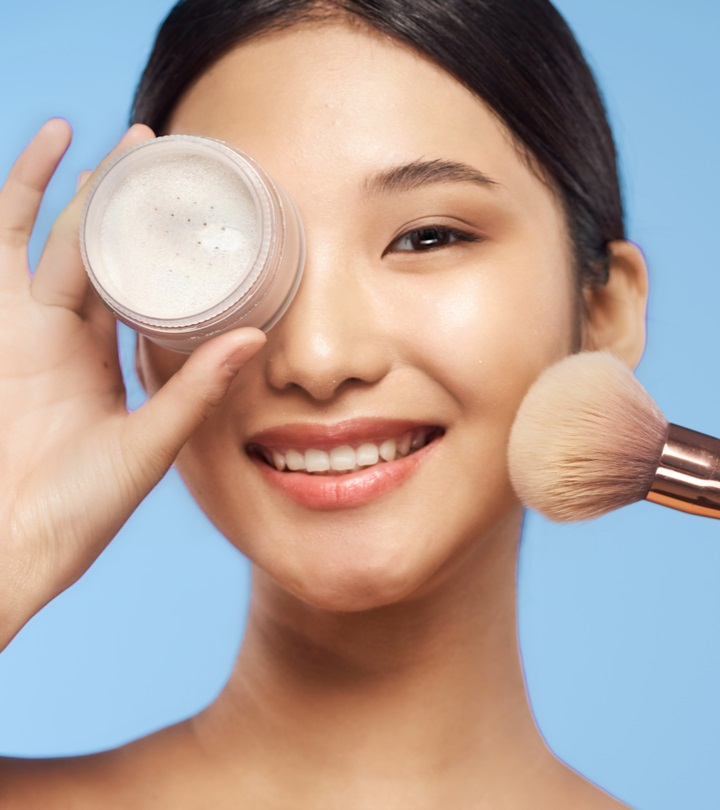10 Best Loose Powder Foundations For Oily Skin And A Flawless Finish