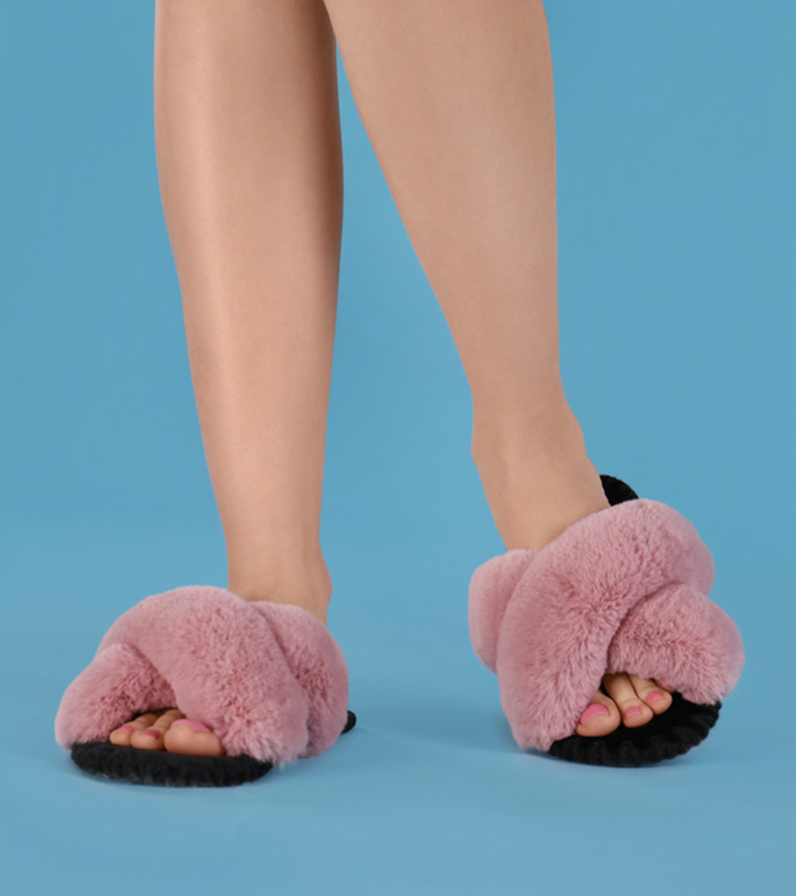 8 Best Microwave Heated Slippers To Keep Your Feet Warm