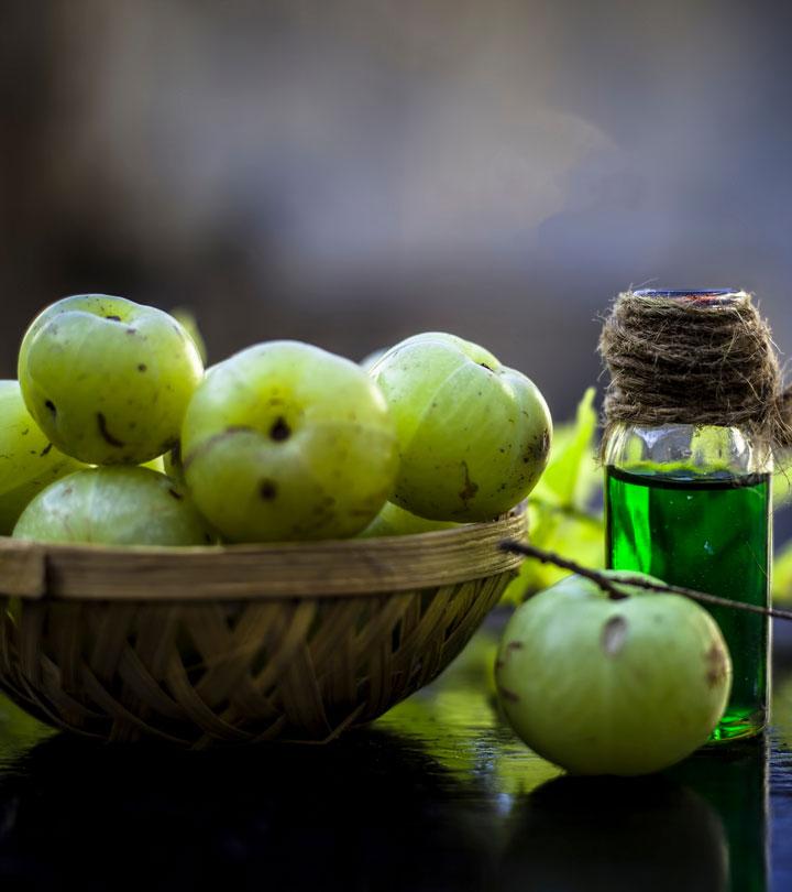 आंवला तेल के 10 फायदे, उपयोग और नुकसान – Amla Oil Benefits and Side Effects in Hindi