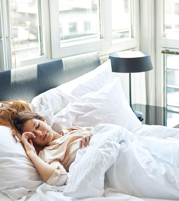 दिन में सोने के फायदे और नुकसान – Din Me Sone Ke Fayde Aur Nuksan In Hindi
