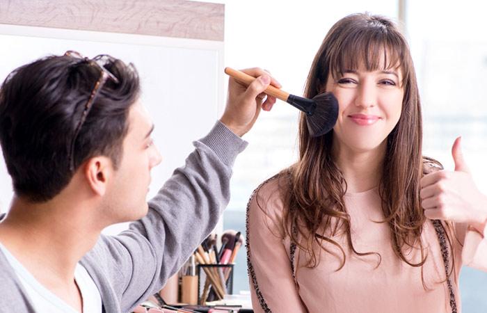 Boyfriend-Does-My-Makeup Challenge