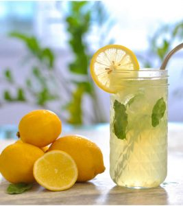 Lemon Water Benefits and Side Effects in Hindi