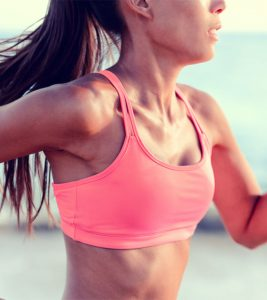 15 Best Sports Bras For Women With Small Chests – 2021