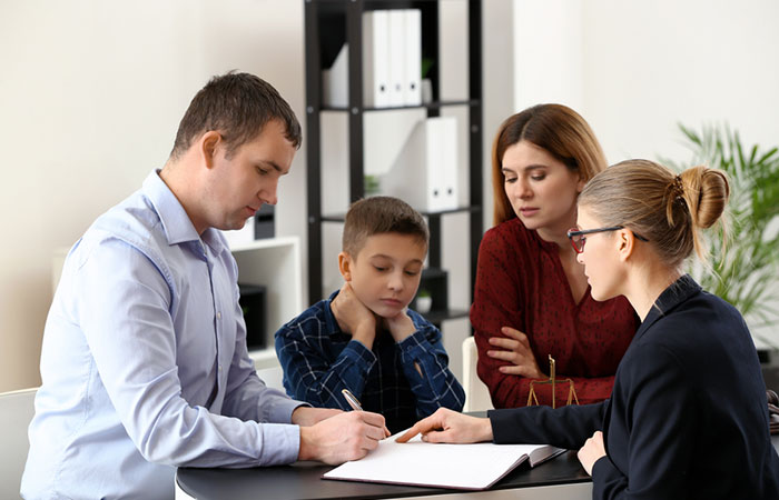 Difference-Between-Joint-Custody-And-Sole-Custody