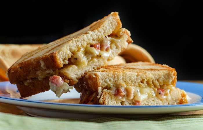 Mediterranean Grilled Vegetable Sandwich